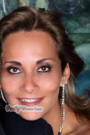 134761 - Alessandra Age: 51 - Colombia